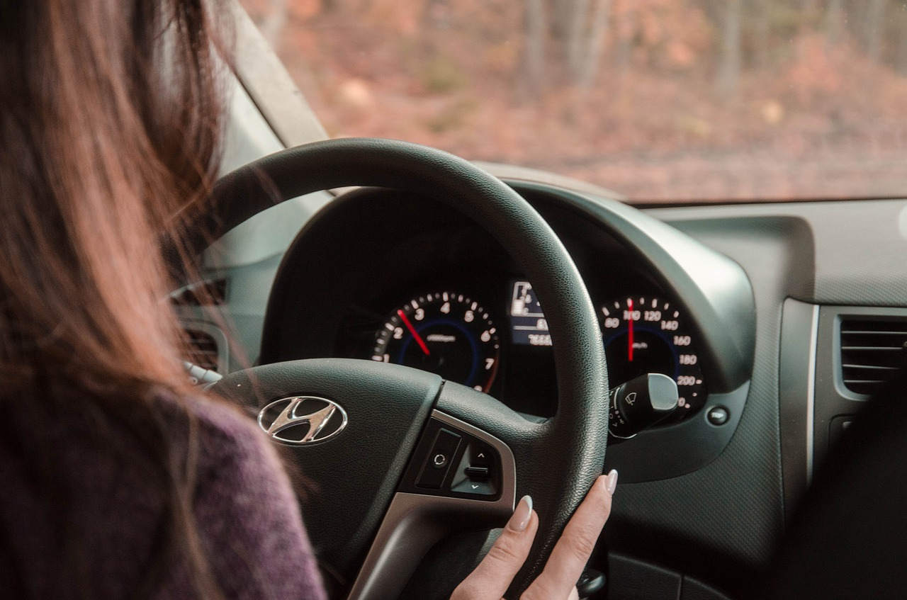 Likezap Native Voice Messaging System Is the Cure for Distracted Driving